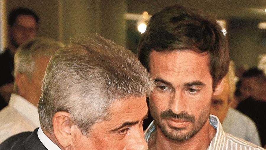 Luís Filipe Vieira e o filho Tiago, juntos, têm de entregar 3,6 milhões de euros para cobrir caução determinada pelo juiz