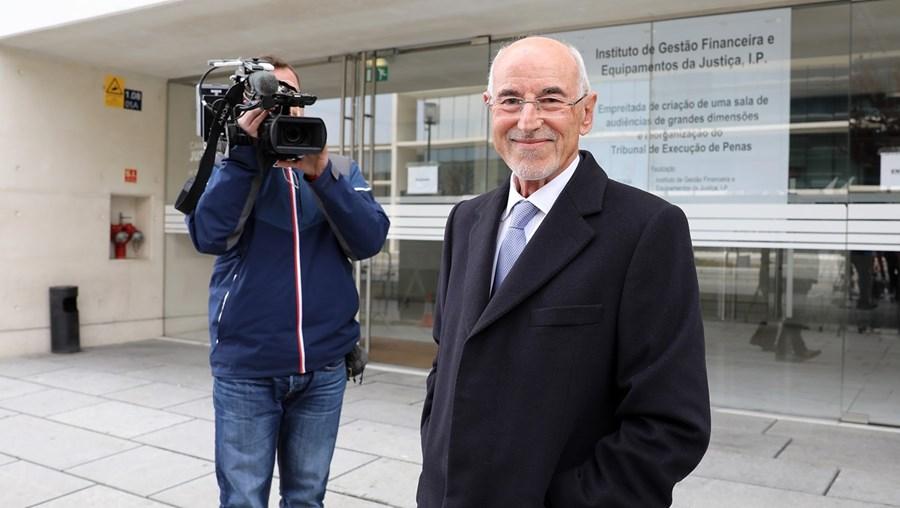 Daniel Proença de Carvalho, de 79 anos, é um influente advogado que está na mira da Justiça