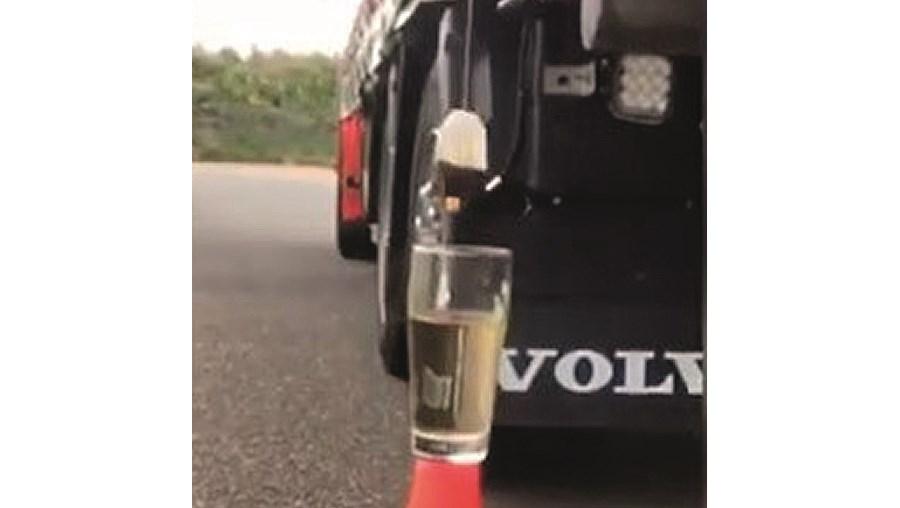 Colocar chá com o camião