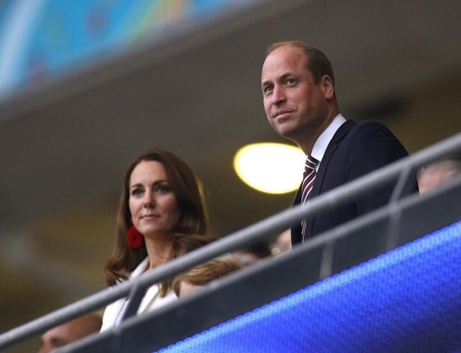 Príncipe William e Kate assistiram ao jogo da final do Euro 2020