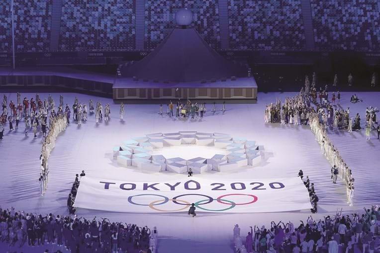 'Seguir em frente' foi o tema da cerimónia de abertura, numa alusão à crise sanitária global mas também ao tsunami de 2011