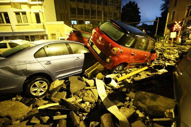 Violenta tempestade atinge a Bélgica