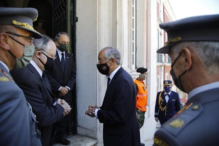 Marcelo Rebelo de Sousa chega às cerimónias fúnebres de Otelo
