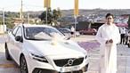 Fiéis defendem padre que aceitou carro novo de luxo em Felgueiras