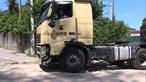 Homem de 49 anos esmagado pelo próprio camião em sucata