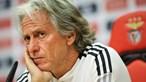 """Jesus garante que Benfica vai continuar com """"mesmo andamento"""" que teve no jogo contra o Barcelona"""