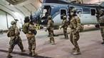 Retirada de militares do Afeganistão marca fim de guerra mais longa dos EUA