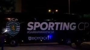 Adeptos esperam sportinguistas em Alvalade