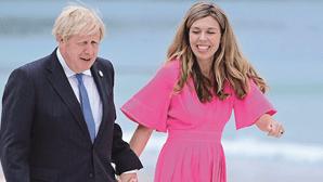 Carrie e Boris Johnson vão ser pais pela segunda vez