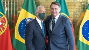 Marcelo Rebelo de Sousa com máscara e Jair Bolsonaro sem proteção reúnem em Brasília. Veja as imagens
