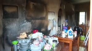 Fogo em casa fere cinco pessoas em Évora