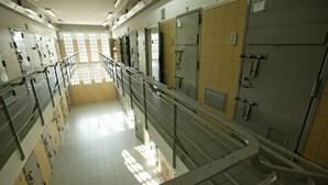 Droga entra em cadeia de Leiria através de carro de diretor