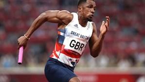 Chijindu Ujah acusa doping e Grã-Bretanha pode perder prata nos 4x100 dos Jogos Olímpicos