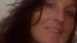 Mãe de autor de tiroteio no Reino Unido é uma das vítimas mortais