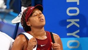 Naomi Osaka lembra atitude em Roland Garros e chora na primeira conferência de imprensa