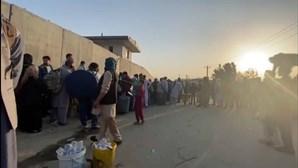 Portugal quer retirar 72 afegãos que colaboraram com militares portugueses