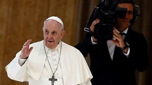 Papa pede à Igreja que reconheça os erros e peça perdão pelos abusos
