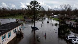 Imagens de drone mostram destruição causada pelo furacão Ida nos EUA