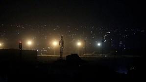 Talibãs celebram retirada dos EUA do Afeganistão com disparos de vitória