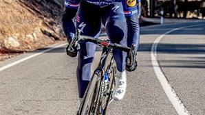 Fabio Jakobsen vence 16.ª etapa ao 'sprint', Odd Eiking segue líder na Volta a Espanha
