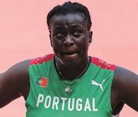 Auriol Dongmo em lágrimas no final da prova