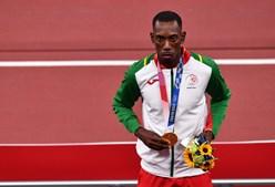 Pichardo recebe medalha de ouro