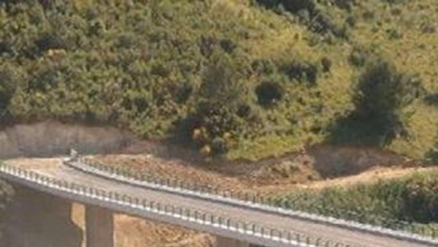 Viaduto em Vila Franca de Xira não tem saída