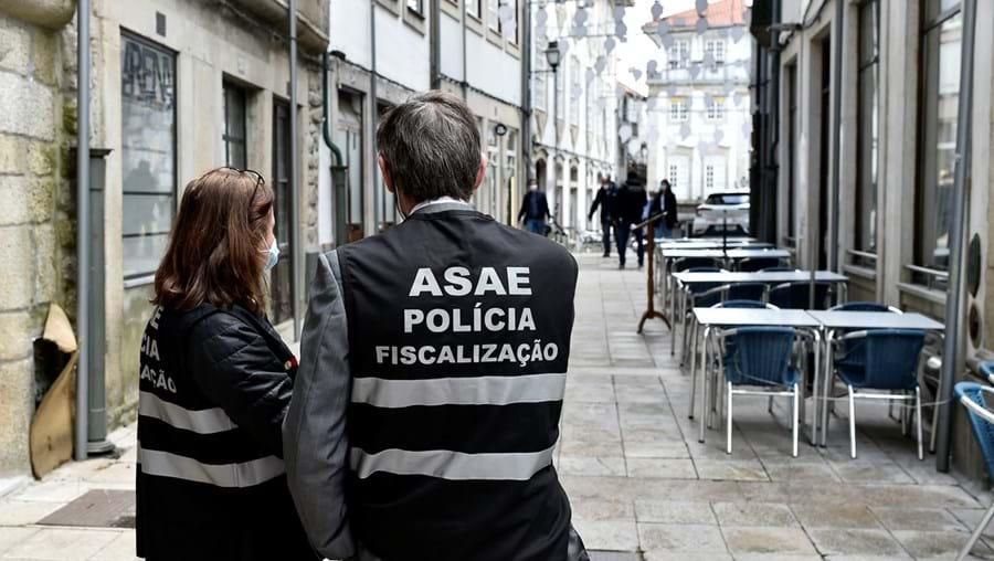ASAE apreende 15 pinturas falsas dos artistas Cruzeiro Seixas e Malangatana