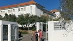 Queda de tecto obriga a encerrar escola secundária com 800 alunos em Évora