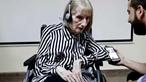 Vidas esquecidas: Os casos de doentes com Alzheimer e os cuidadores que continuam sem subsídios