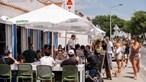 Governo acaba com limitações em restaurantes e cafés. Abertura da sociedade chega em outubro