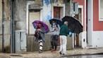 Domingo de outono com chuva forte e descida das temperaturas máximas