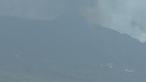 Vulcão continua a ameaçar La Palma nas Canárias. Novo foco preocupa autoridades. Veja em direto