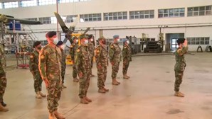 11 militares portugueses partiram hoje para missão de três meses no Kosovo