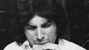 Freddie Mercury faria este domingo 75 anos. Veja as imagens menos conhecidas da estrela da música