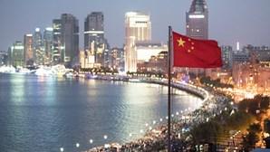 China exige que viajantes vindos de Portugal façam quarentena de 21 dias antes de partirem