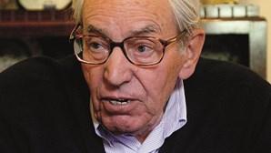 João Aranha (1923-2021)