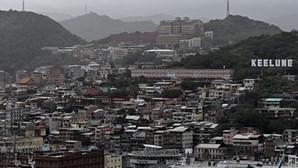 Taiwan alerta para ventos e chuvas fortes à aproximação do tufão Chanthu