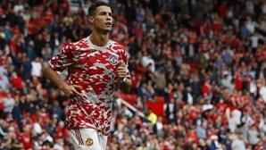 Cristiano Ronaldo deixa mãe Dolores em lágrimas com estreia de sonho no Manchester