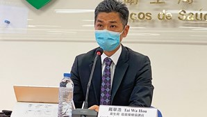 Trabalhadores de Macau não-vacinados contra a Covid-19 obrigados a testes semanais