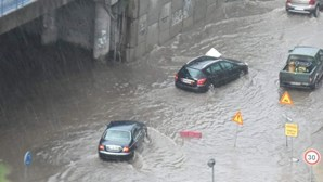 Chuva intensa provoca inundações e queda de árvores no norte do País