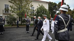 Costa avisa que reforma das Forças Armadas tem de avançar
