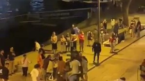 Artista de rua de 22 anos agredida na zona da Ribeira no Porto