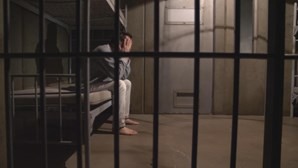 Nova droga suspeita de ter matado três reclusos chega à prisão por cartas