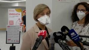 """""""Quem não está vacinado está mais exposto ao vírus"""", disse Marta Temido"""