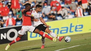 Rodrigo Pinho marca pelo Benfica mas chumba em teste de Jesus