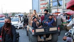Três mortos e 19 feridos nos primeiros ataques no Afeganistão com Governo talibã