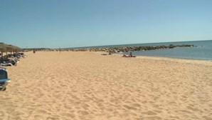 Muitos banhistas no Algarve durante o último fim de semana de verão