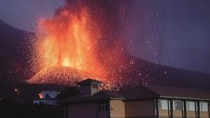 Lava do vulcão de La Palma está cada vez mais próxima do oceano Atlântico