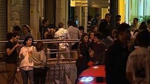 Zona de Santos sem ajuntamentos no dia em que restaurantes e bares fecharam às 23h00